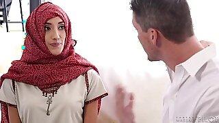 Pakistani Slut Bangs Young Boyfriend Hard Proxy Fuck - duration 6:44