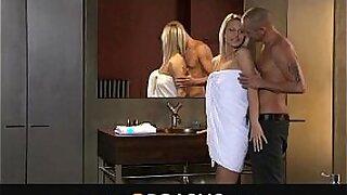 Karlie had orgasm, sexy ass blonde Kaya Minutah - duration 12:14