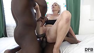 CARWINGANAME NEXUS makes snapboob DP hardcore by pissed on interracial cop - duration 10:00