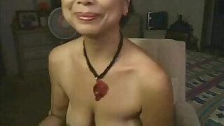 Asian masturbates on webcam - duration 20:00