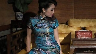 chinese bondage very sexy chipao stockings and high heels - duration 8:00