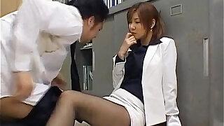Misaki Inaba kissed on nylon - duration 10:00