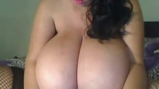 Thick Latina with Incredible Huge natural Tits - duration 12:37