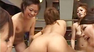 Sex with girls at the same time - duration 22:00