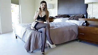 Webcam from a sexy British girl - duration 28:00