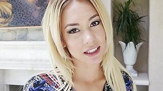 Blonde amateur babe stroking - duration 8:00