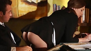 Sexy secretary fucked on the table - duration 6:00