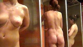voyeur womens shower fitness club - duration 3:00