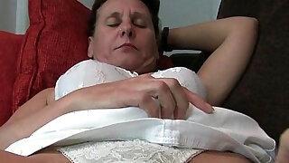 Grandma has her little secret - duration 12:00