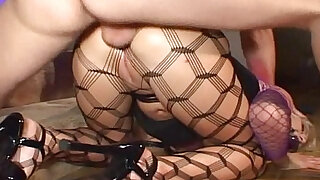Sex slave in pantyhose - duration 6:00