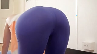Hot yoga girl toys her meaty pussy - duration 6:00