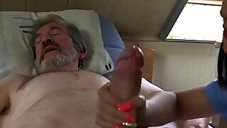 Teen nurse lady dee fuck treatment for sick old patient - duration 6:00