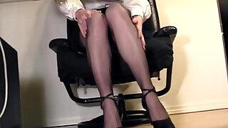 Leggy secretary fingering at the office in nylons - duration 6:00