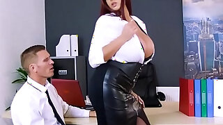 Marc rose drills emma butts pussy doggystyle - duration 7:00
