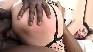 Italian Milf Sissy Neri Takes all the Big Black Cock she can handle. - duration 0:36