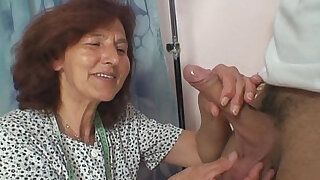 Sewing granny takes cock - duration 6:00