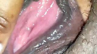 Black pussy close up masturbation - duration 3:00