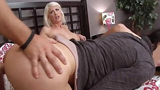 Moms in Control - duration 5:00