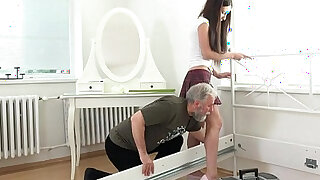 Old Goes Young Nakita Star has the most amazing sex - duration 7:00