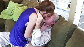 Older Guy Pounds Sexy Stepdaughter - duration 8:00