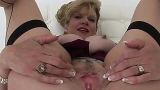 Lady sonia i want you to finger me - duration 5:00