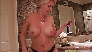 Hot blonde wench pleasures her twat and drills her ass - duration 26:00