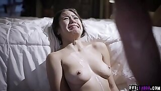 Stepdaughter fucked by dad after he masturbates - duration 6:05