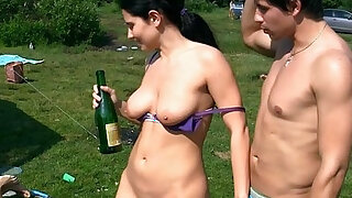 College skank eager for spitroast outdoors - duration 7:00