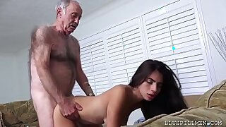 Galactas Latina Teen Stretched by stranger - duration 6:51