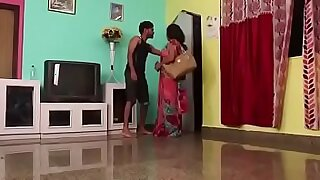 Hypnotized Indian teen facefucked in her bedroom by lucky guy - duration 9:33